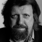 "Tony-award winning theater director Oskar Eustis discusses his film ""Theater of War"""